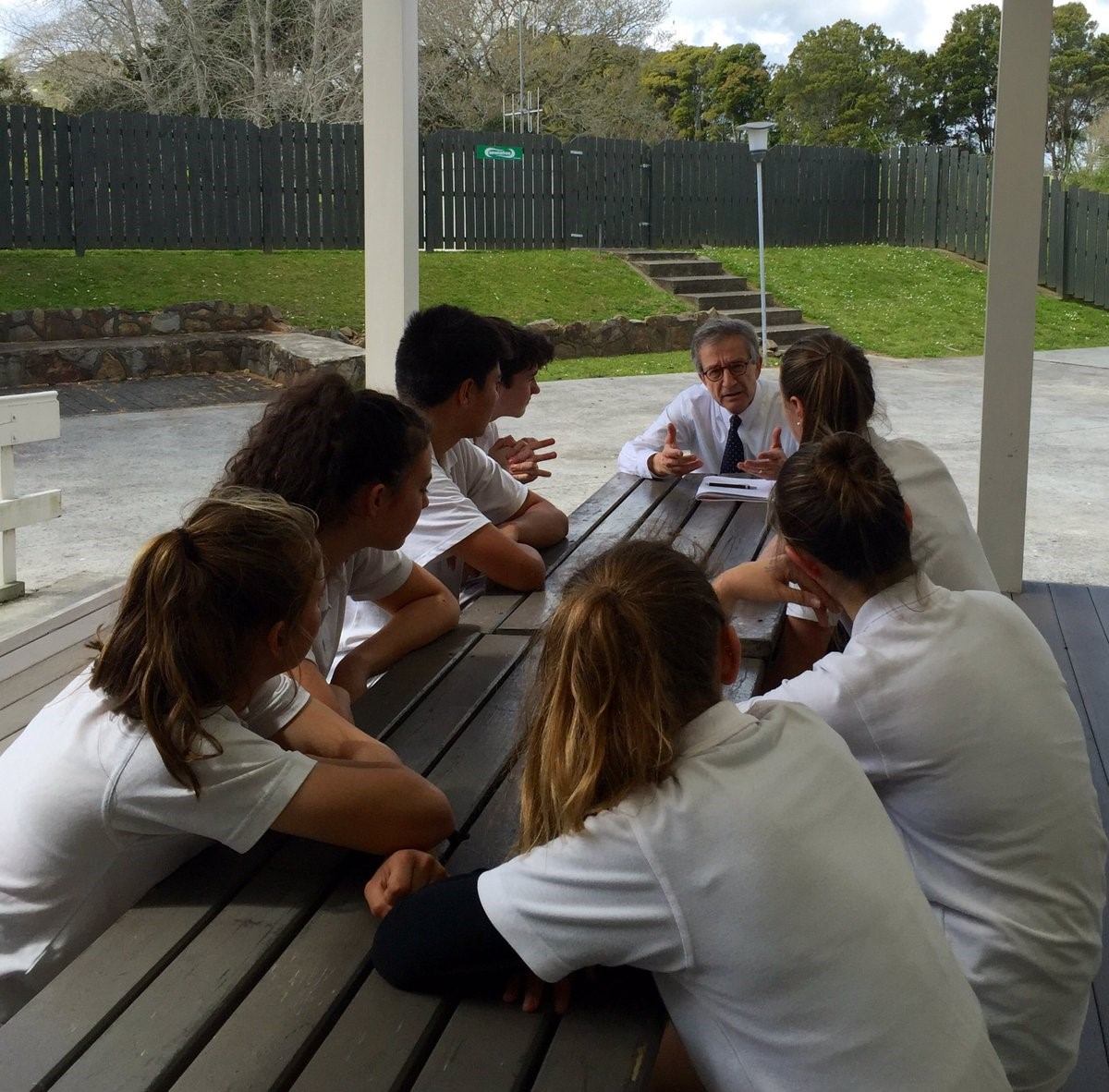 girol-talking-to-students-from-kaitaia-high-school